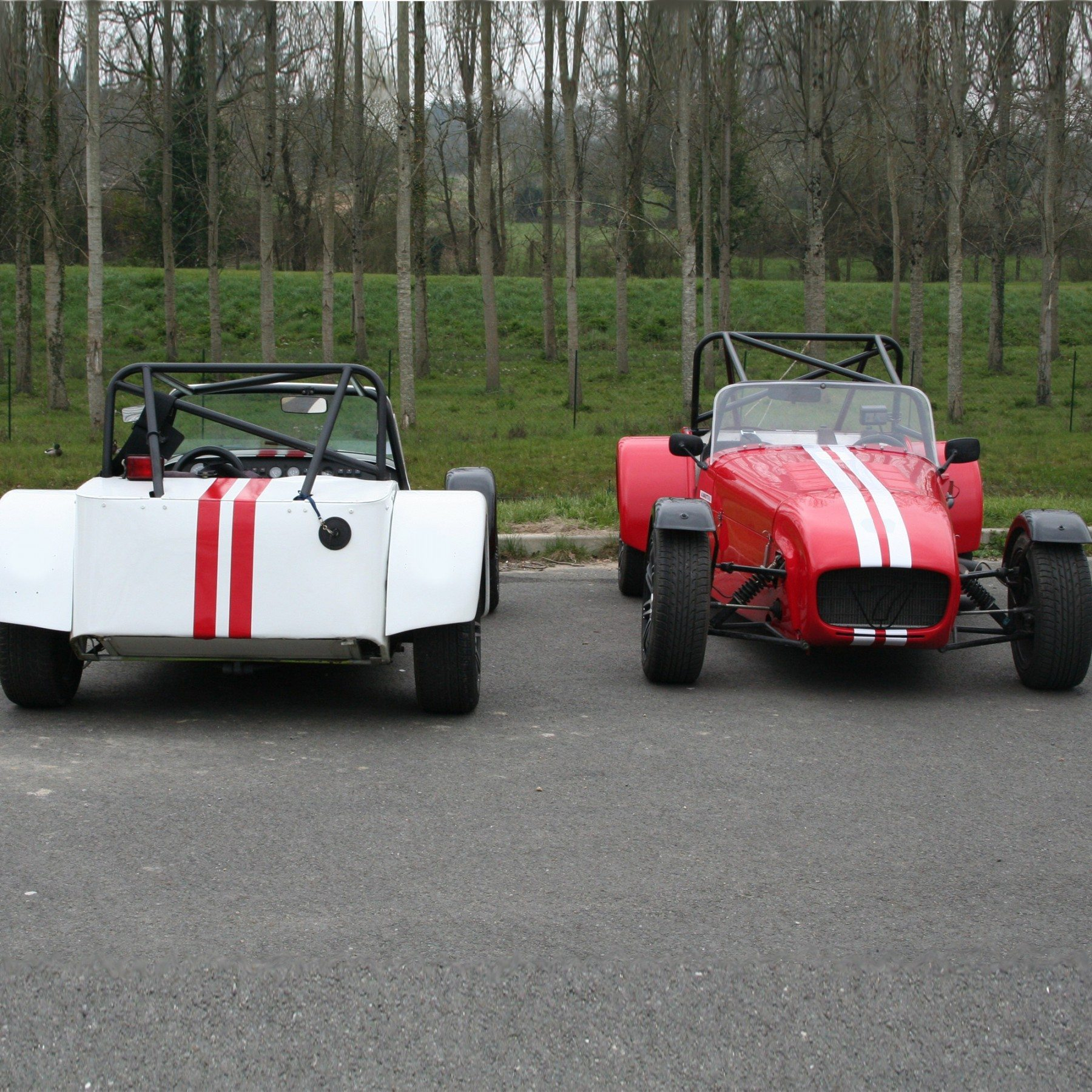 pilotage caterham 1600k circuit long de fay de bretagne. Black Bedroom Furniture Sets. Home Design Ideas