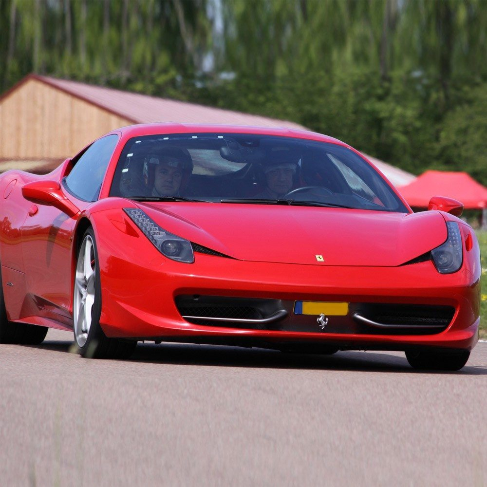 stage de pilotage ferrari 458 italia chambley. Black Bedroom Furniture Sets. Home Design Ideas