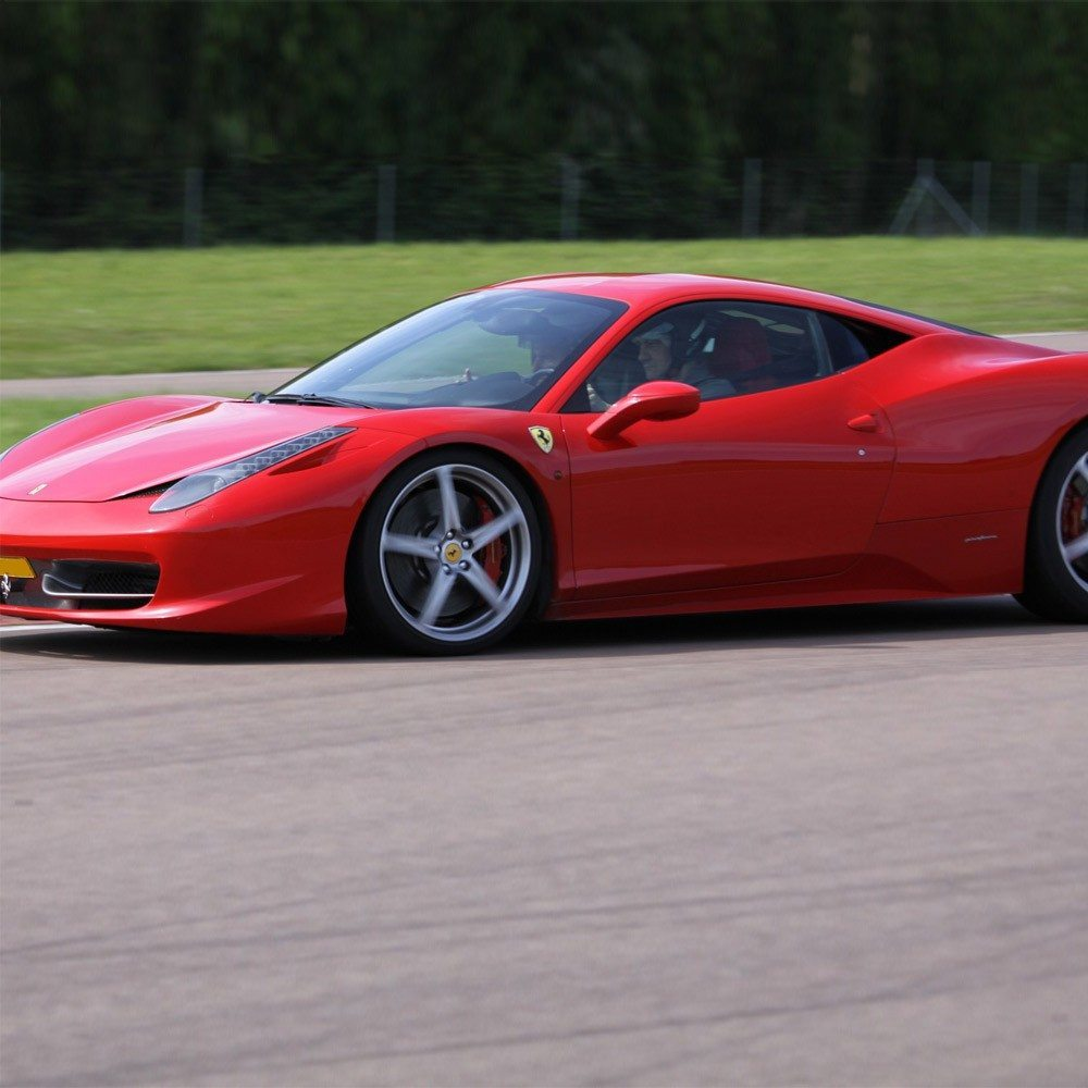 stage de pilotage ferrari 458 italia circuit de m rignac. Black Bedroom Furniture Sets. Home Design Ideas