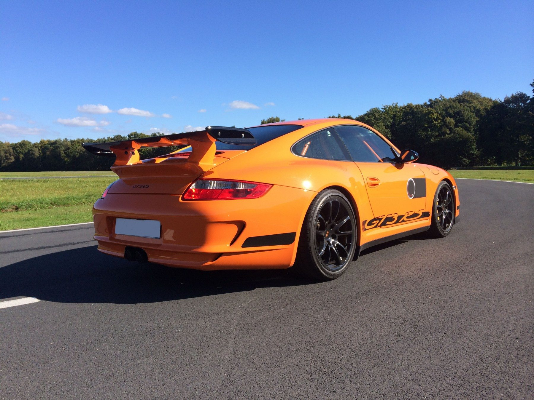 pilotage porsche gt3 sur route pr s de nantes. Black Bedroom Furniture Sets. Home Design Ideas