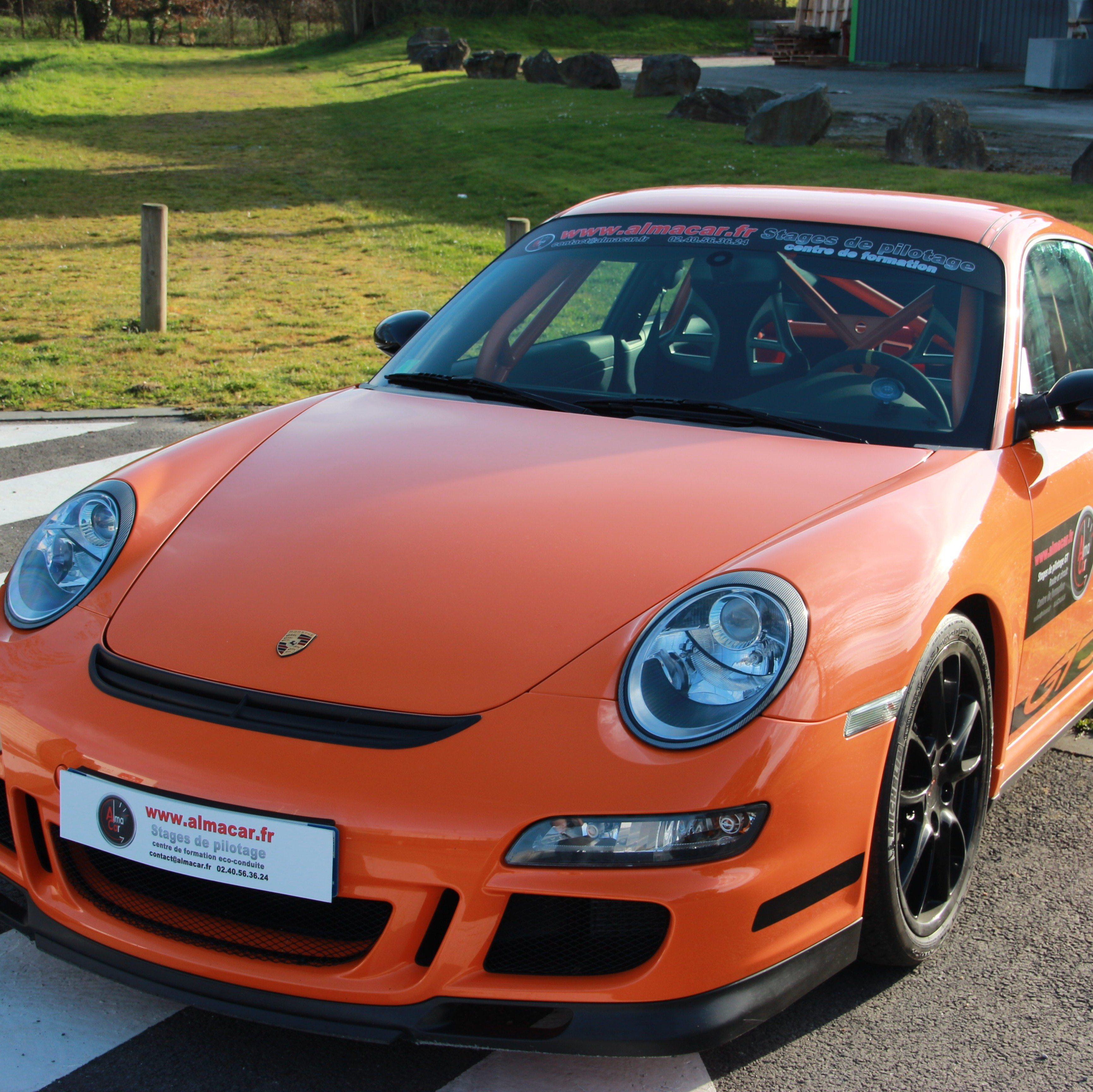 pilotage porsche 997 gt3 rs fay de bretagne court. Black Bedroom Furniture Sets. Home Design Ideas