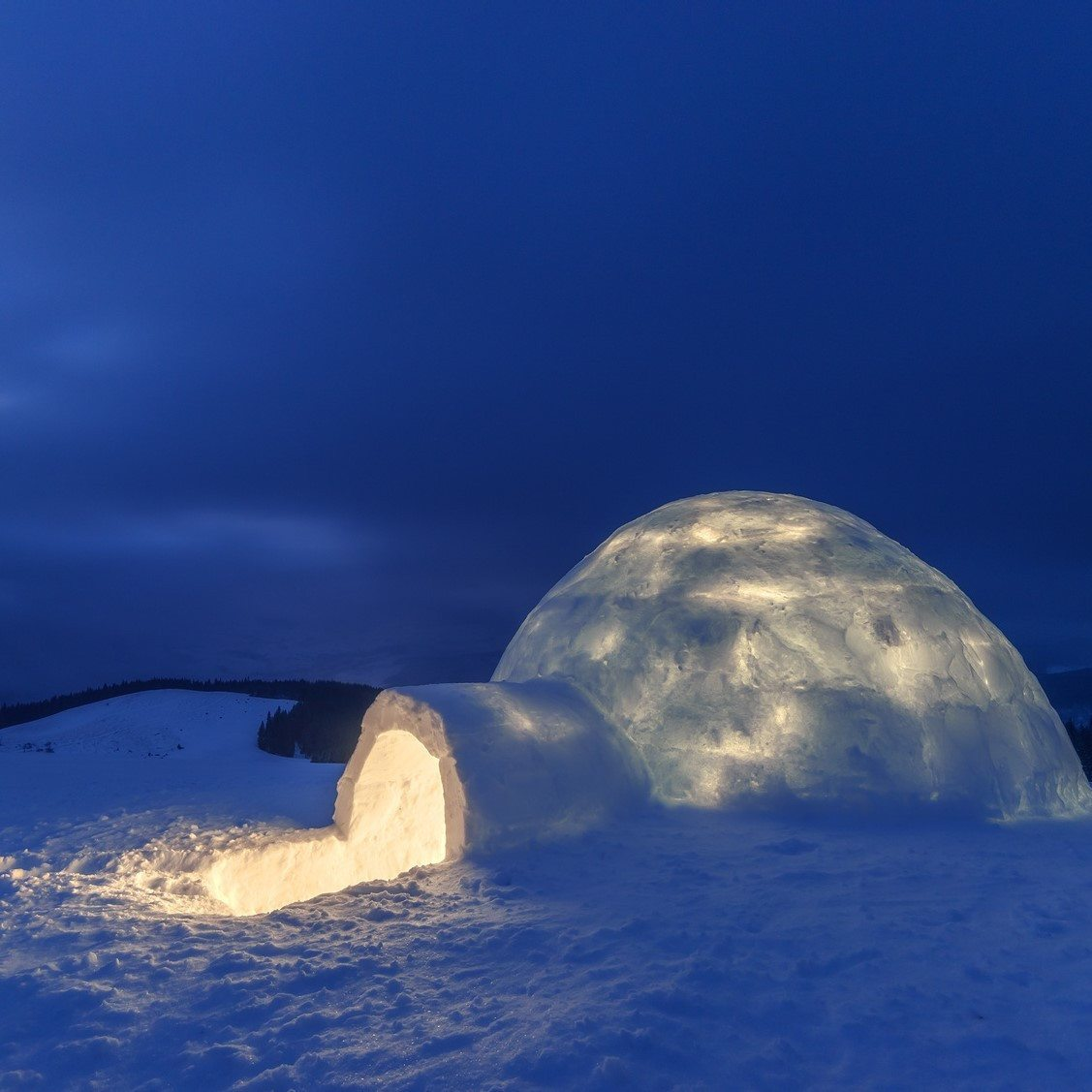 Nuit en duo dans un igloo d ner et d couverte du village for Interieur igloo