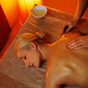 Massage californien à Lyon