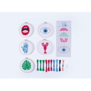 Set de broderie DIY - package
