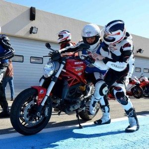 Stage coaching moto filmé - 6 séries de 20mn sur le circuit Paul Ricard